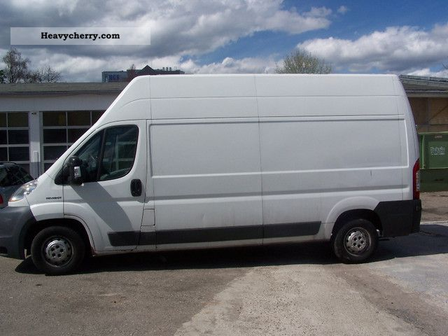 2007 Peugeot  Boxer Van or truck up to 7.5t Box-type delivery van - high and long photo