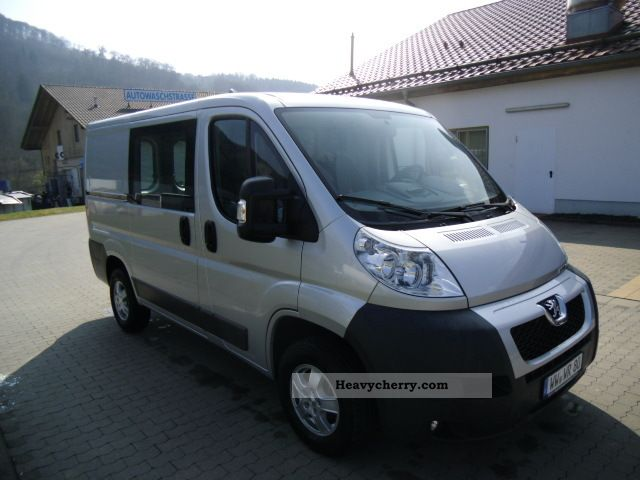 2011 Peugeot  Boxer 3.0 HDI L1H1 250L new price € 38,020 Van or truck up to 7.5t Box-type delivery van photo