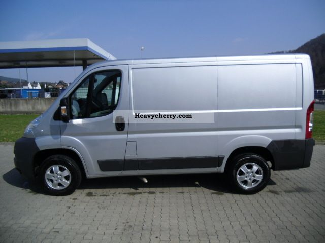 peugeot boxer 3 0 hdi l1h1 250l new price 38 020 2011 box type delivery van photo and specs. Black Bedroom Furniture Sets. Home Design Ideas