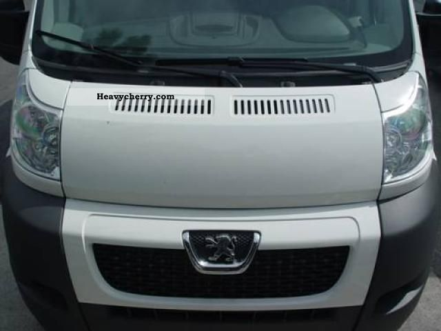 2011 Peugeot  Boxer L4H2 2.2 HDI Special Action (PS 120), 88kw ... Van or truck up to 7.5t Box-type delivery van - high and long photo