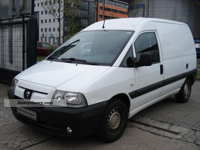 peugeot expert 2 0 hdi 95 high door 1 hand 2005 box type delivery van high photo and specs. Black Bedroom Furniture Sets. Home Design Ideas
