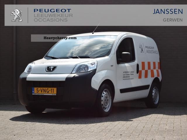2011 Peugeot  Bipper 1.3 HDIF XR + Profit Van or truck up to 7.5t Box-type delivery van photo