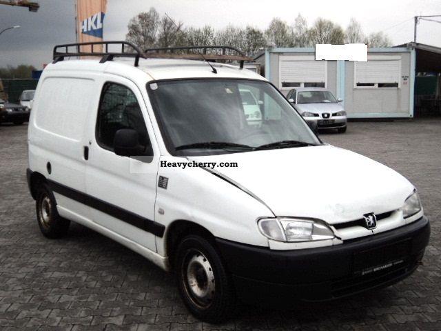2001 Peugeot  Partner 1.9D, 70PS, 0.1-hand truck! Van or truck up to 7.5t Box-type delivery van photo