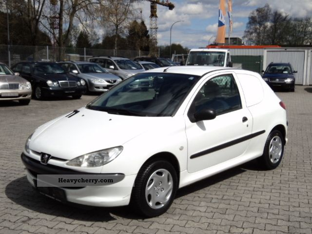 2004 Peugeot  1.4HDi 206, 68HP, trucks, 124510 km, 1-Hand Van or truck up to 7.5t Box-type delivery van photo