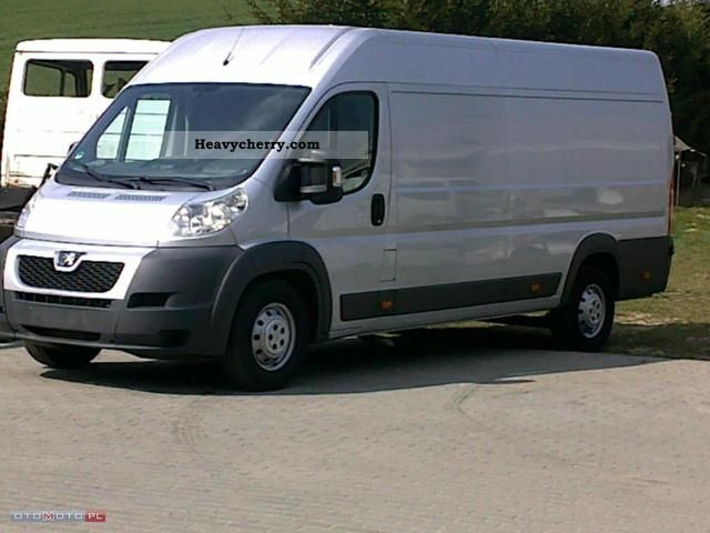 2010 Peugeot  Boxer Van or truck up to 7.5t Box-type delivery van - high and long photo