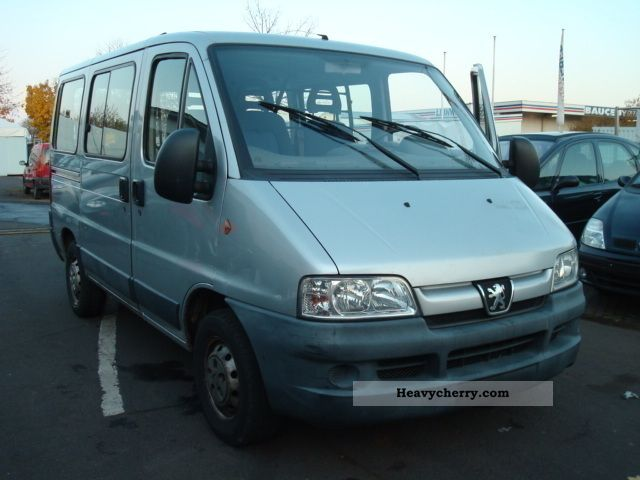 2002 Peugeot  Boxer 2.2 HDI - APC - ((244L)) Van or truck up to 7.5t Box-type delivery van photo
