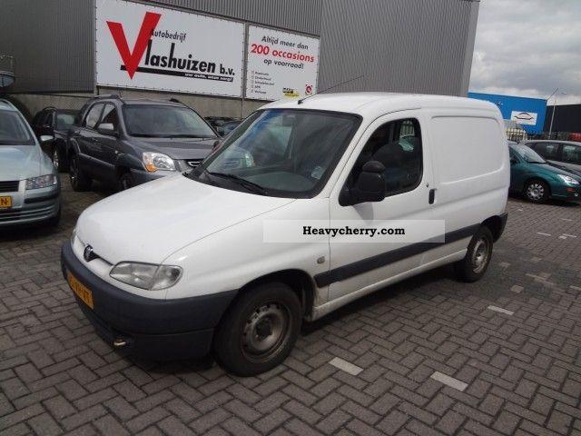 2000 Peugeot  Partner 170c 1.9d verkregen wegens inruil Van or truck up to 7.5t Box-type delivery van photo