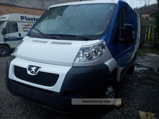 2007 Peugeot  Boxer 2.2 HDi Van or truck up to 7.5t Box-type delivery van photo