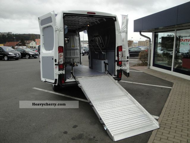 2011 Peugeot  Boxer KW L4 H2 180 Special reconstruction Bikes! Van or truck up to 7.5t Box-type delivery van - long photo