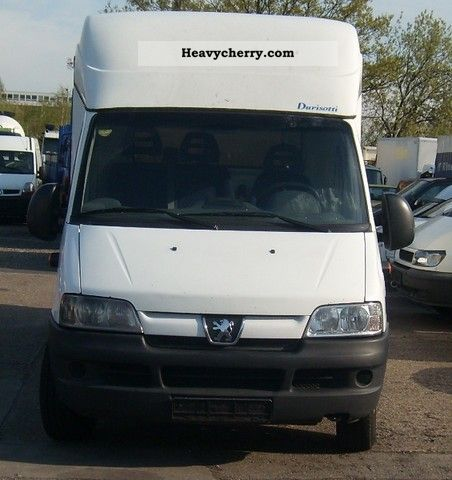 2004 Peugeot  Boxer 2,8 Van or truck up to 7.5t Box-type delivery van - high and long photo