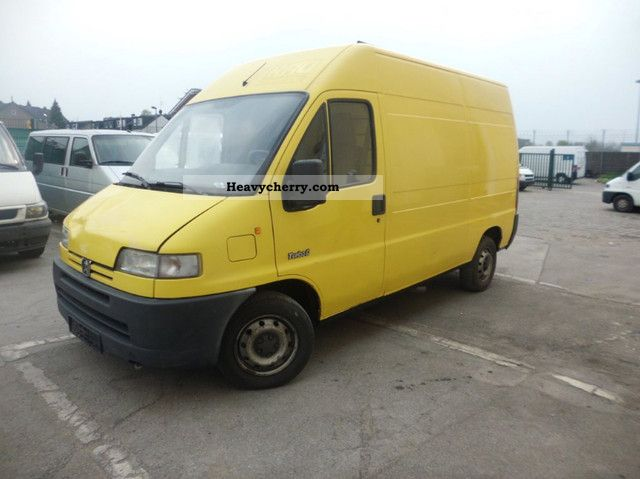 1999 Peugeot  Boxer 2.5 TD * High + Medium-Long * Tüv Au :2-2013 Van or truck up to 7.5t Box-type delivery van - high and long photo