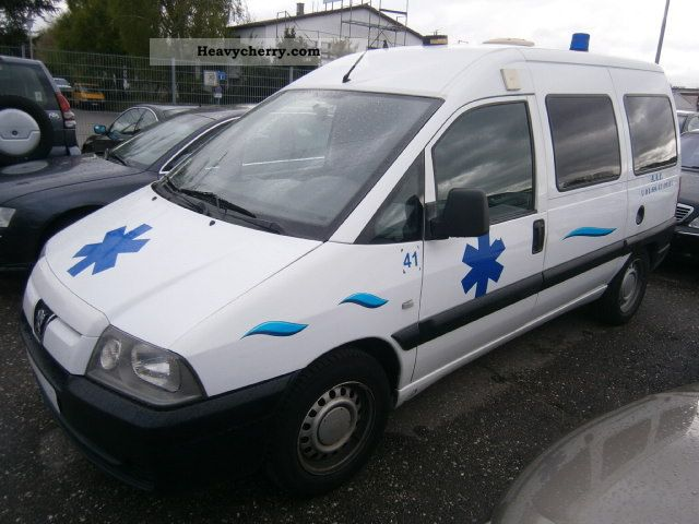2006 Peugeot  Expert HDi 95 AMBULANCE Van or truck up to 7.5t Ambulance photo