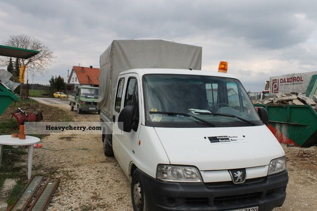 2003 Peugeot  Boxer Van or truck up to 7.5t Stake body and tarpaulin photo