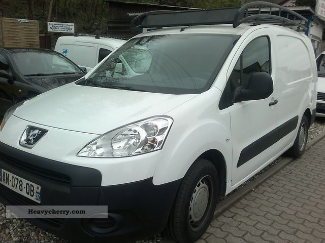 2010 Peugeot  6.1 L2 partner 90HDI air handling Van or truck up to 7.5t Box-type delivery van photo