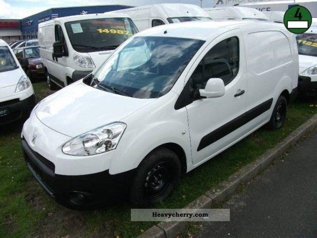 2012 Peugeot  Partner 1.6 HDi 90 FAP L2 comfort Avantage Facel Van or truck up to 7.5t Box-type delivery van photo