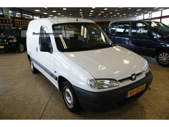 1997 Peugeot  Partner 1.9 D Van or truck up to 7.5t Box-type delivery van photo