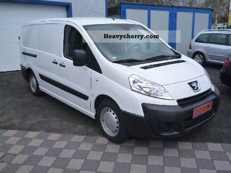 peugeot expert l2h1 2010 box type delivery van photo and specs. Black Bedroom Furniture Sets. Home Design Ideas