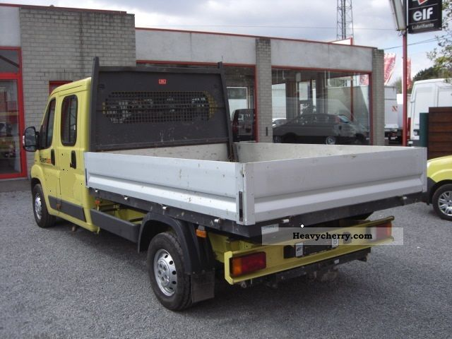 peugeot boxer double cab benne 2007 stake body truck photo and specs. Black Bedroom Furniture Sets. Home Design Ideas