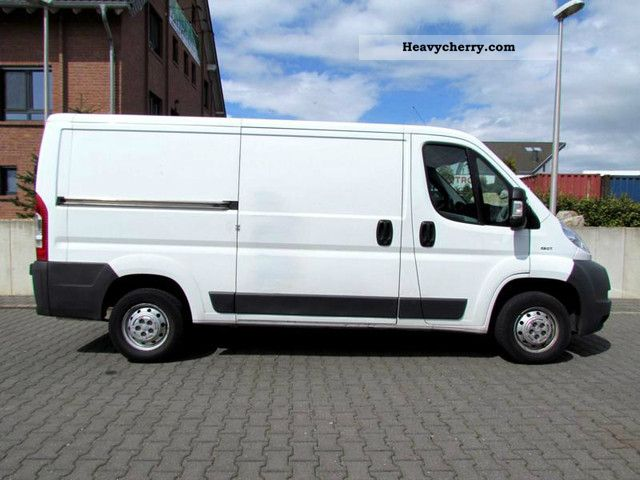 2009 Peugeot  Boxer 330 L2H1 2.2 HDI Van Van or truck up to 7.5t Box-type delivery van - long photo
