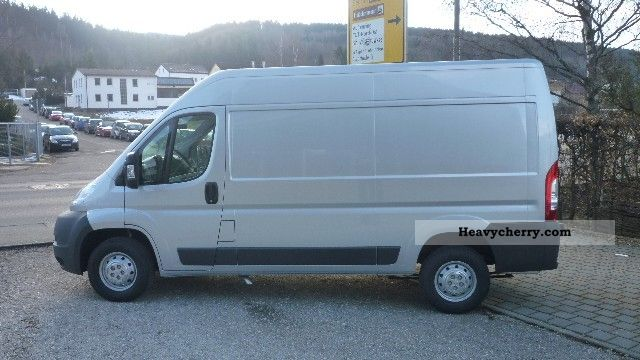 peugeot boxer 335 l2h2 hdi 2011 box type delivery van photo and specs. Black Bedroom Furniture Sets. Home Design Ideas