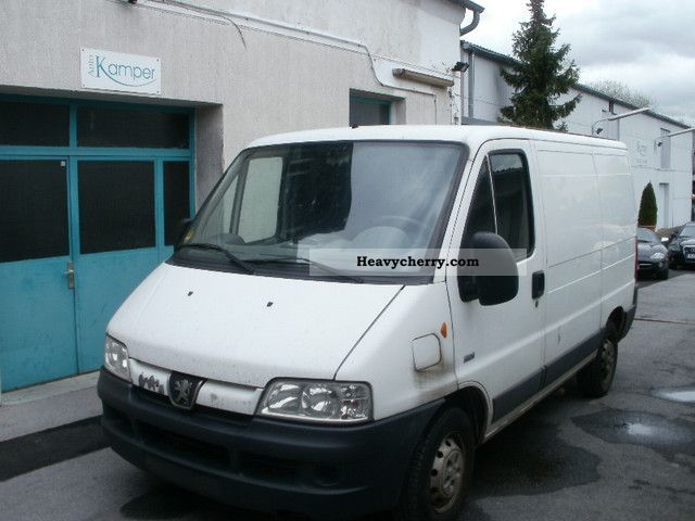 peugeot boxer 2 2 hdi 2002 box type delivery van photo and. Black Bedroom Furniture Sets. Home Design Ideas