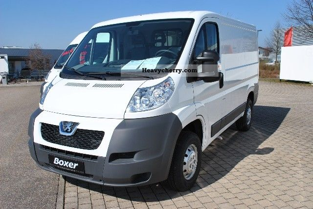 peugeot boxer 333 l1h1 hdi base plate reinforced springs 2011 box type delivery van photo and specs. Black Bedroom Furniture Sets. Home Design Ideas