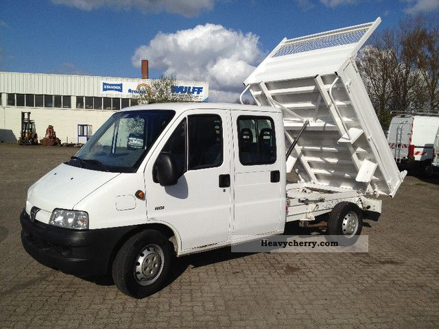 2006 Peugeot  Boxer 2.8 HDI 128 bhp Double Cab Tipper Van or truck up to 7.5t Tipper photo