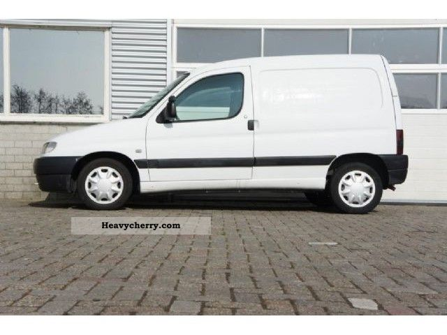 2000 Peugeot  Partner 170C 1.9DSL Van or truck up to 7.5t Box-type delivery van photo