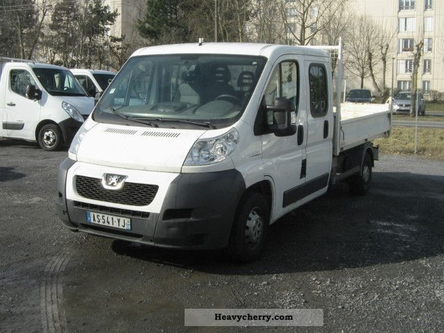 2010 Peugeot  BOXER Van or truck up to 7.5t Tipper photo
