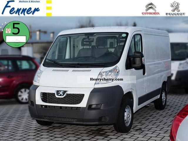 2011 Peugeot  Boxer 328 L1 H1 HDI 110 KW NEW! + + AVANTAGE Van or truck up to 7.5t Box-type delivery van photo