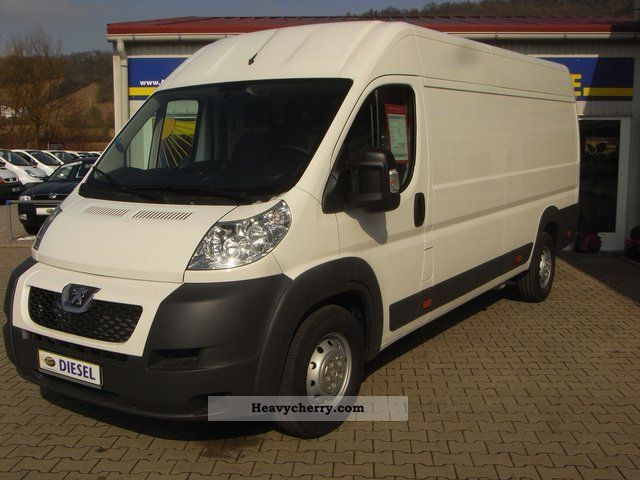 2012 Peugeot  BOXER2.2 HDI CLIMATE L4 H2 4m incl.Holzboden Van or truck up to 7.5t Box-type delivery van - high and long photo