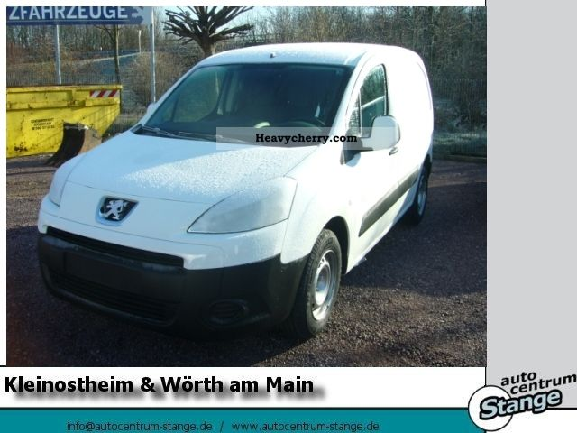 2011 Peugeot  Box 6.1 Avantage Partners eHDi 90 FAP, RADIO Van or truck up to 7.5t Box-type delivery van photo