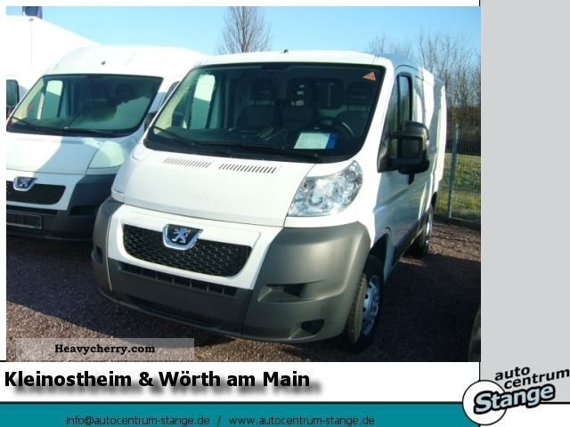 2011 Peugeot  Avantage Boxer 330 L1 H1 2.2 HDI 110 Van or truck up to 7.5t Box-type delivery van photo