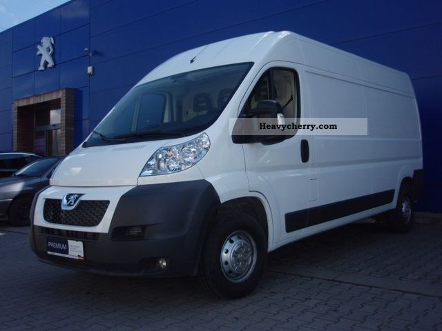 2011 Peugeot  Boxer 335 L3H2 Van or truck up to 7.5t Box-type delivery van photo