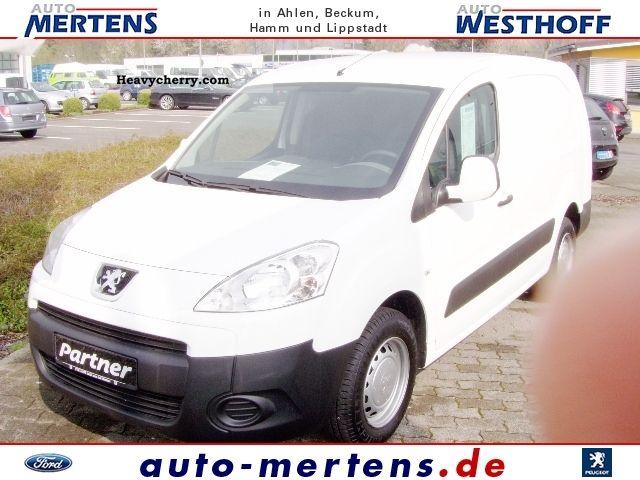 2011 Peugeot  Avantage Partners L2 comfort HDI FAP 90 Van or truck up to 7.5t Box-type delivery van photo