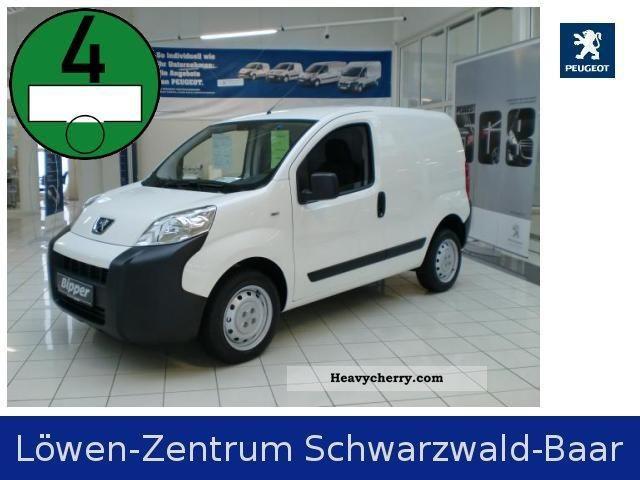 2010 Peugeot  Bipper Van 1.3 HDi 75 Start Stop Van or truck up to 7.5t Box-type delivery van photo