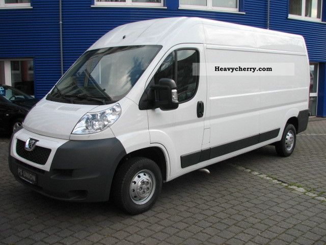 2012 Peugeot  Boxer 335 L3 H2 air / cruise / PPS Van or truck up to 7.5t Box-type delivery van - high and long photo