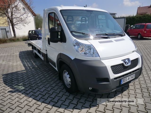 peugeot boxer 3 0 auto transporter aluvollplateau 2011 car carrier truck photo and specs. Black Bedroom Furniture Sets. Home Design Ideas