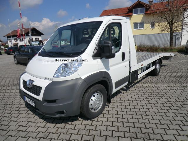 2011 Peugeot  Boxer 3.0 with tow Aluvollplateau Van or truck up to 7.5t Breakdown truck photo