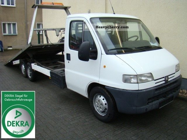 2001 Peugeot  Boxer 230 roadside assistance vehicle quick charger Van or truck up to 7.5t Breakdown truck photo