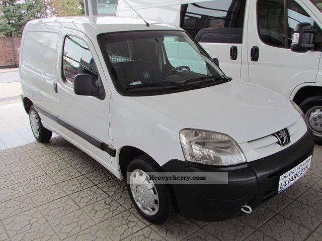2007 Peugeot  Partner 1.6 HDI Krajowy AIR. Van or truck up to 7.5t Other vans/trucks up to 7 photo
