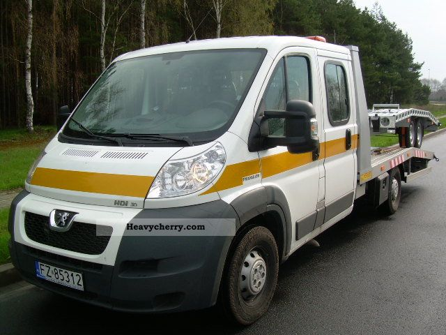 2010 Peugeot  PEUGEOT BOXER 3.0 HDI 7 SEATS * AIR * CHECKBOOK Van or truck up to 7.5t Car carrier photo