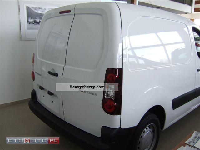 2012 Peugeot  Novy partner Dostawczy three bedded. Van or truck up to 7.5t Other vans/trucks up to 7 photo