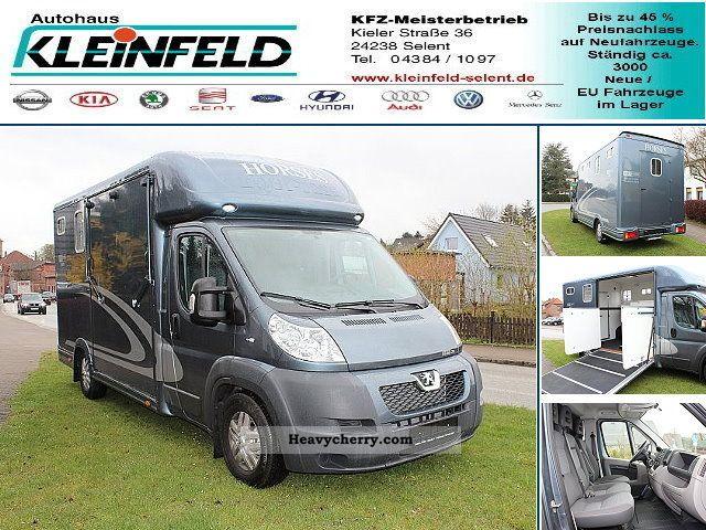 2011 Peugeot  Equi-Trek Sonic 3.0 HDI * TOP * Van or truck up to 7.5t Cattle truck photo