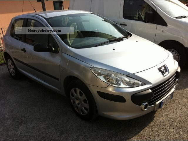 2006 Peugeot  307 1.6 hdi van Van or truck up to 7.5t Other vans/trucks up to 7 photo