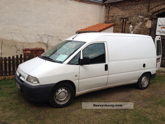2002 Peugeot  Boxer Expert Van or truck up to 7.5t Box-type delivery van photo