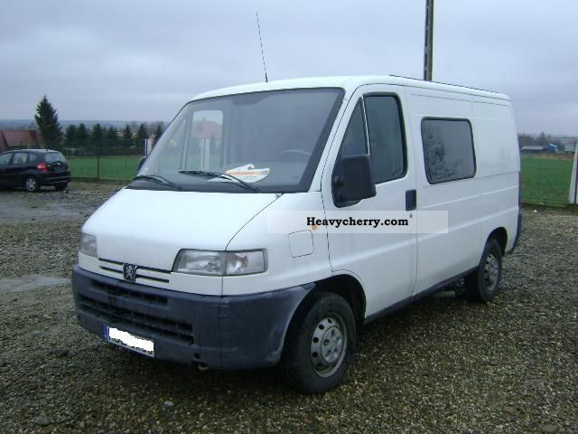2001 Peugeot  Boxer 1.9 diesel Van or truck up to 7.5t Other vans/trucks up to 7 photo