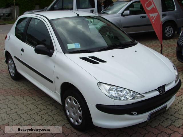 peugeot 206 hdi eco 70 van 2 posti 2007 other vans trucks up to 7 photo and specs. Black Bedroom Furniture Sets. Home Design Ideas