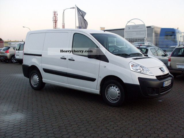2010 Peugeot  Expert 2.0 HDI FAP L1/H1 1.2 t Van or truck up to 7.5t Box-type delivery van photo