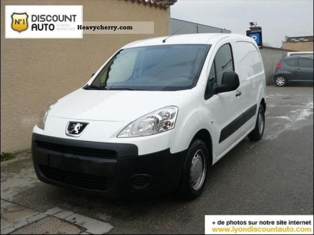 2010 Peugeot  Partners fgtte 120 L1 HDI 75 PACK CD CLIM CH Van or truck up to 7.5t Box photo